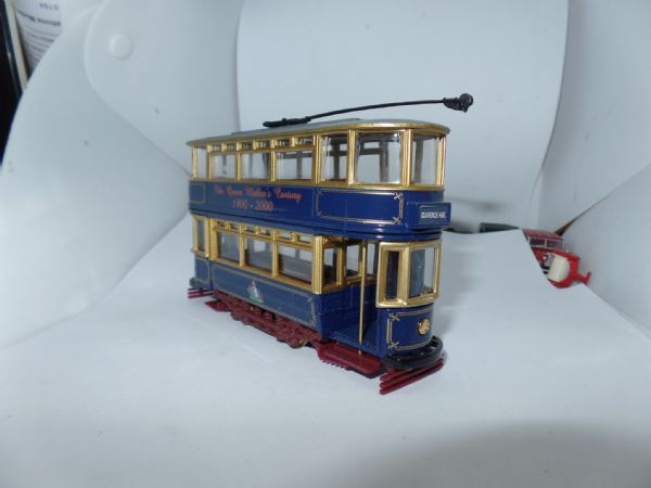Corgi 36709 1/72 Scale Fully Closed Tram Queen Mothers Centenary Blue & Gold